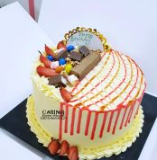 Buttercream Strawberry Web Cake N12,500 10inc